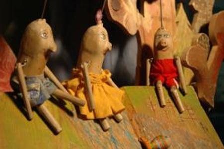TŘI MALÁ PRASÁTKA - Pro děti / Svitavy
