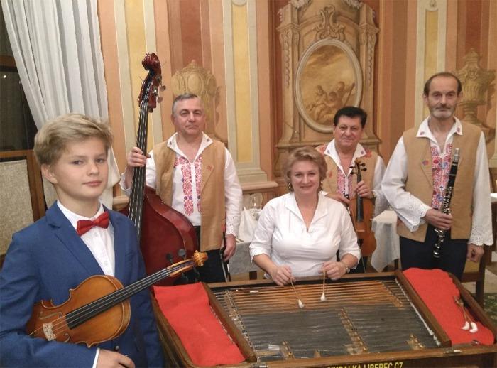 Cimbálová muzika Dušana Kotlára - Koncert / Česká Lípa