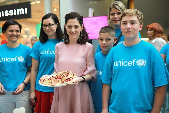 28.05.2019 - PEČENÍ S UNICEF - Zlín
