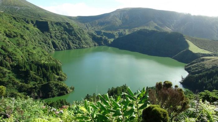 Z hlubin oceánu až na Azorské ostrovy - Přednáška / Volary