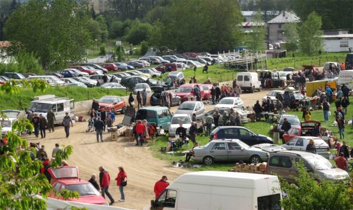 Auto-moto burza a bleší trh 2020 - Svitavy