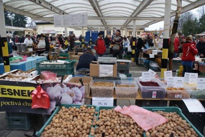 31.10.2020 - Farmářsko-potravinářské trhy / Hradec Králové
