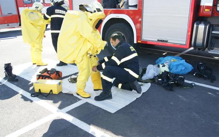 Kvůli úniku čpavku bylo evakuováno více než sto lidí