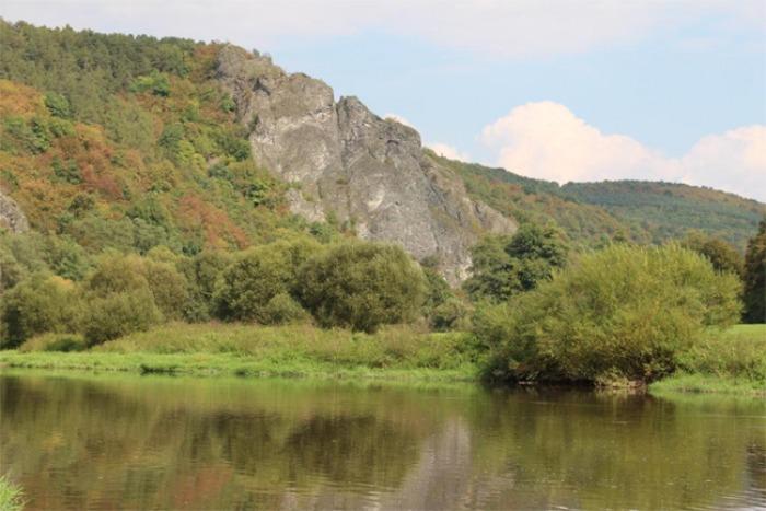 Edici středočeských titulů rozšíří monografie o geologické historii území mezi Prahou a Plzní