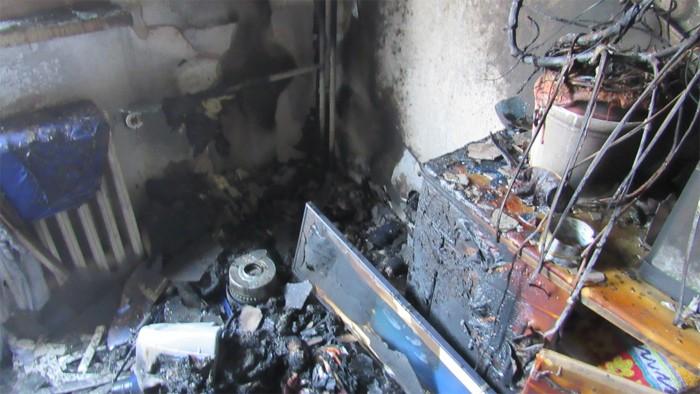 V Hradci Králové hořel byt od elektroinstalace