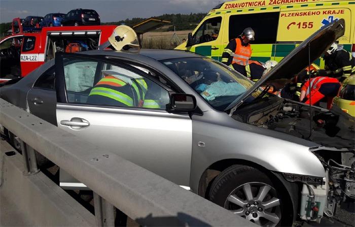 Dopravní nehoda na D5 u Rokycan