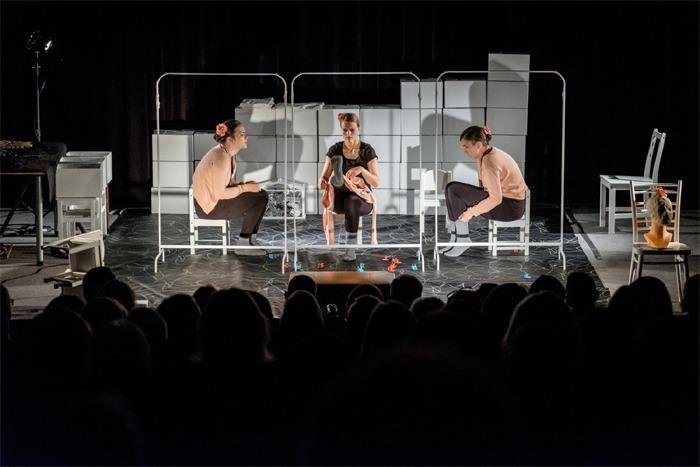V Přelouči mohli lidé zhlédnout originální divadlo o demenci