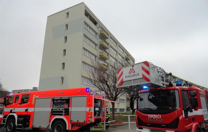 Výbuch v panelovém domě v Náchodě