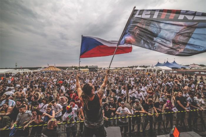 Let It Roll jako první festival v Čechách bez brček