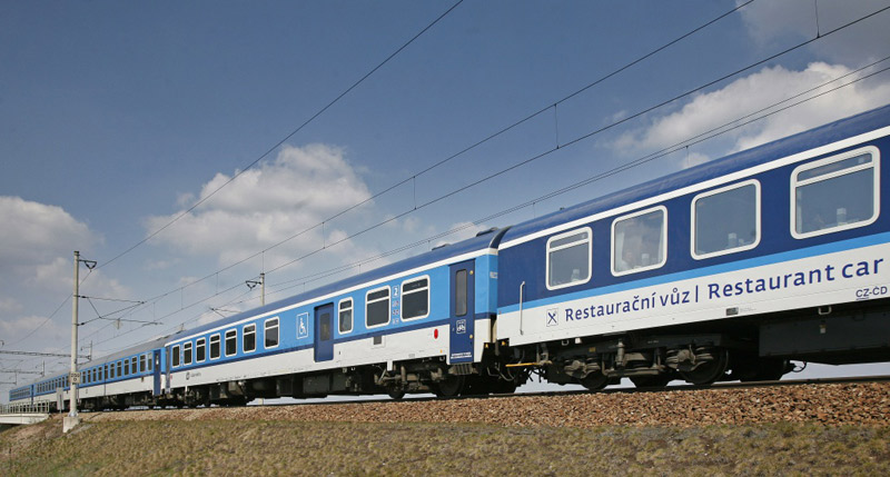 České dráhy nakoupí až 182 moderních vozů pro expresní vlaky