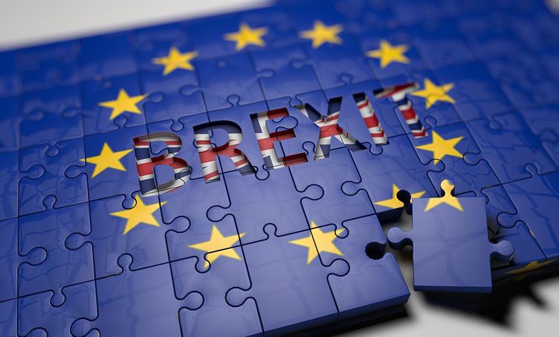 Navzdory brexitu se optimismus firem zvedá