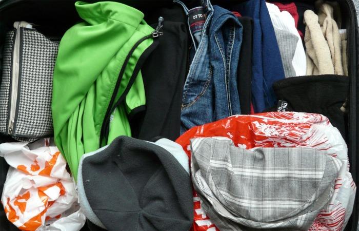 Znáte charitní šatníky? Zbaví vás nepotřebných věcí a pomohou lidem v nouzi