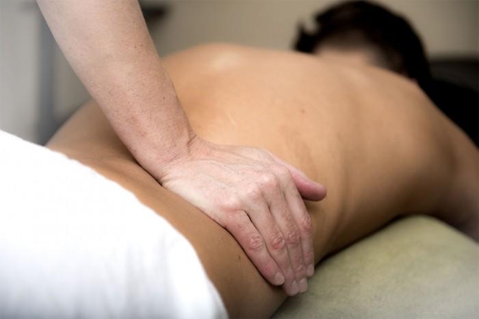 Fyzioterapeutů je v Česku málo.  Dlouhé čekání na ošetření prohlubuje problémy pacientů