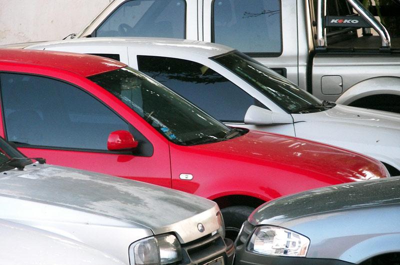 Autovraky a vozidla bez STK zmizí z ulic