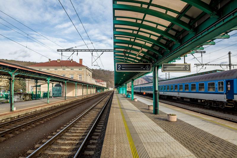 Rok 2020 bude pro Správu železnic ve znamení vysokého tempa rekonstrukcí tratí a nádražích budov
