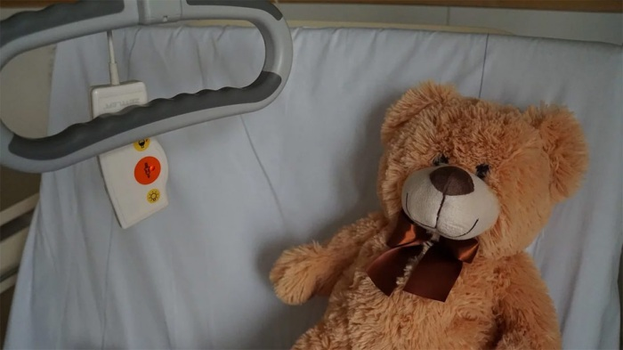 Provázení rodičů vážně nemocných dětí se stalo součástí zdravotní péče v nemocnicích