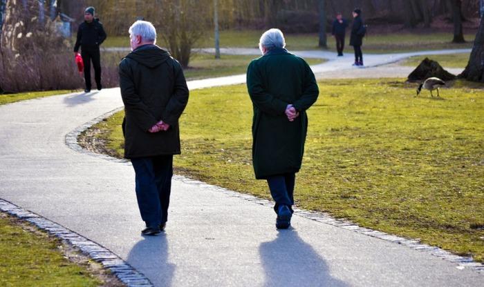 Ministerstvo práce dokončuje návrh novely umožňující předčasný odchod do důchodu