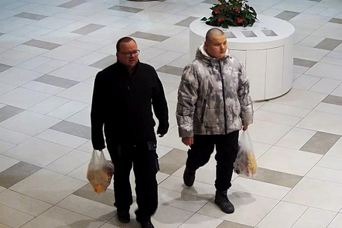 Pražští kriminalisté hledají pachatele dopravní nehody, při které byl těžce zraněn senior
