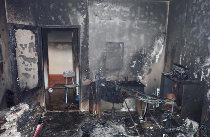 Obyvatele domu s pečovatelskou službou ve Vsetíně vyděsil požár bytu
