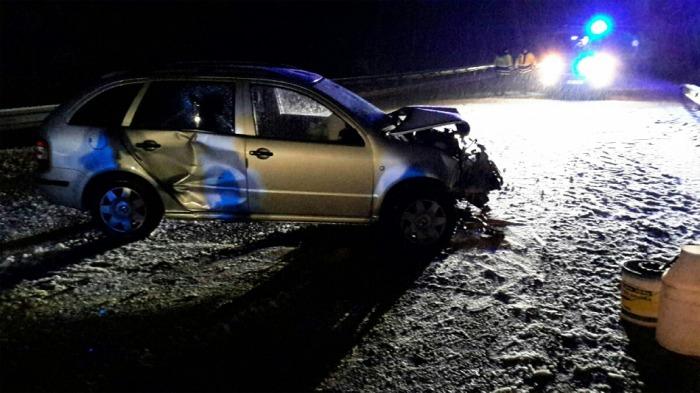 Dvě zraněné osoby si vyžádala dopravní nehoda dvou vozidel na Mariánskolázeňsku