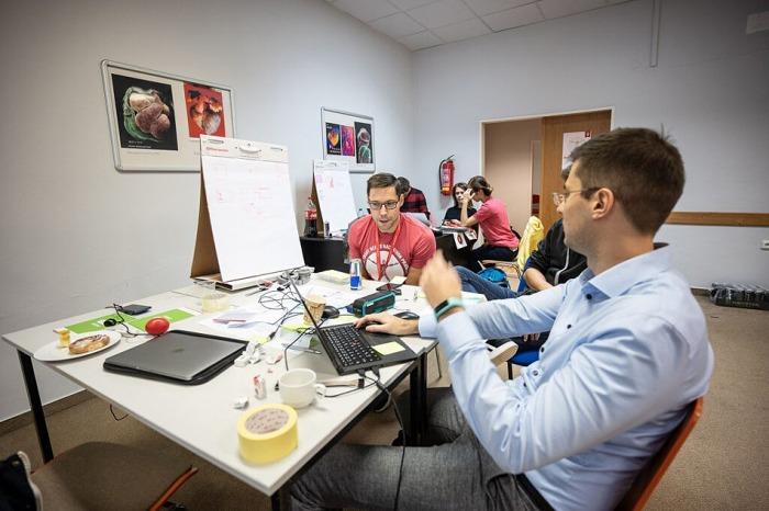 Semifinalisté projektu NakopniPrahu se sejdou, aby pomohli Praze s inovacemi