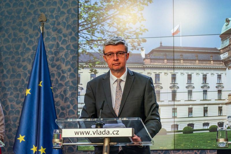 Kontrol podnikatelů bude méně, tvrdí vicepremiér Karel Havlíček
