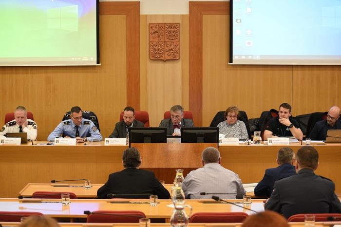 Bezpečnostní rada kraje: na místě je obezřetnost, ne panika