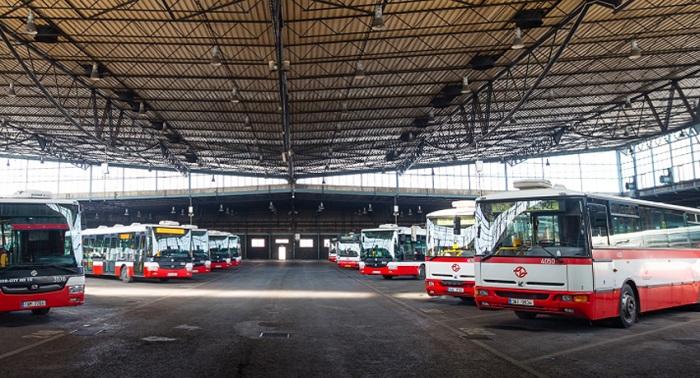 DPP pokračuje s dezinfekcí ozonem v autobusech, jedná i o metru