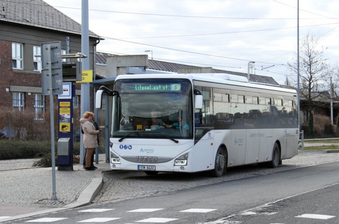 Mimořádná opatření dočasně omezí provoz autobusové i vlakové dopravy