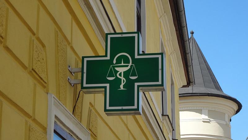 Vyjádření České lékárnické komory k aktuálním vládním opatřením v souvislosti s pandemií koronaviru a zabezpečení provozu v lékárnách