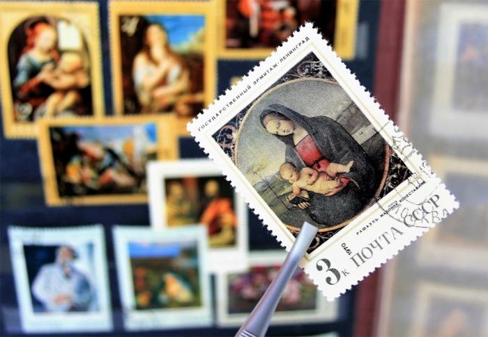 Česká pošta omezuje kvůli koronaviru služby v oblasti filatelie