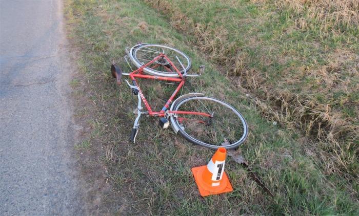 Opilý cyklista nezvládl řízení bicyklu a havaroval