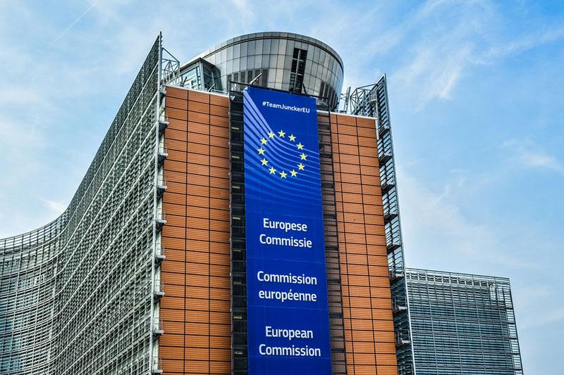 Evropská komise schválila podpůrný program záruk pro velké podniky zabývající se exportem