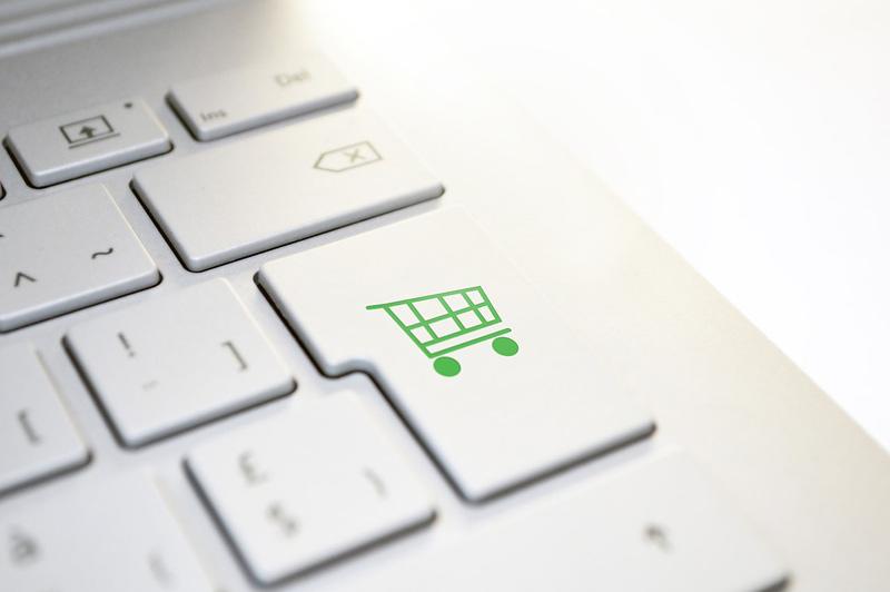 Výrobci mění způsob distribuce zboží, na přímý prodej v e-shopech přecházejí i lihovary nebo nábytkáři