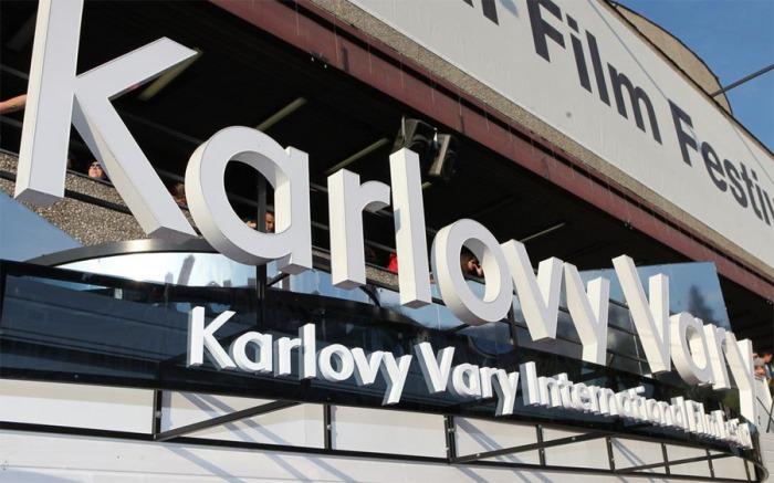 Do kin po celé republice míří snímky ze zrušeného Karlovarského festivalu
