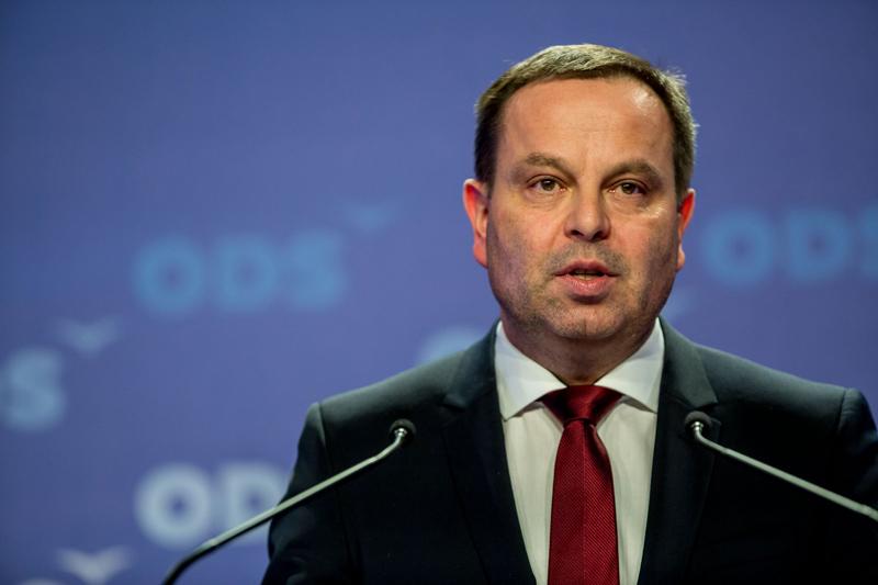 Jan Bauer: Lhůta pro přihlášení zaměstnance se může vrátit na osm dní. Návrh podpořil výbor pro sociální politiku