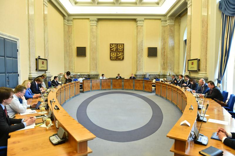 Vláda v rámci daňového rozhodla o podpoře pořadatelů kulturních akcí i ohrožených dětí