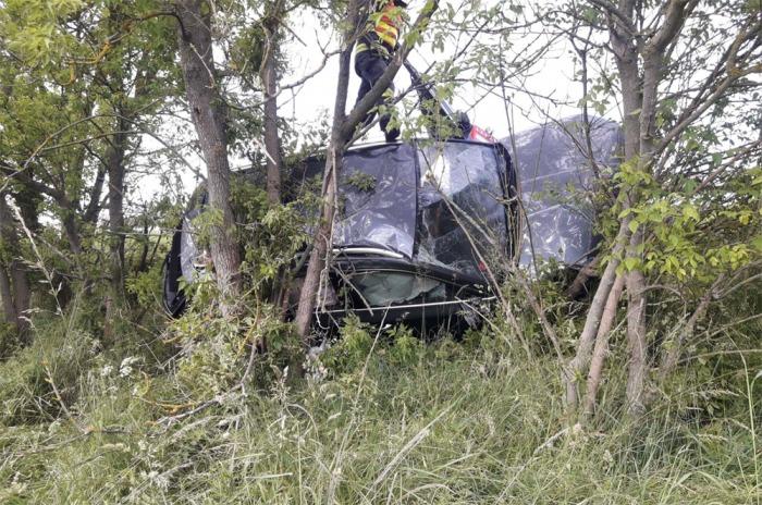 Při nehodě osobního automobilu na Svitavsku byly zraněny dvě osoby