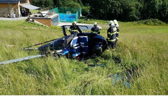 Na Ústeckoorlicku havaroval při přistání vírník, dvě osoby byly zraněny