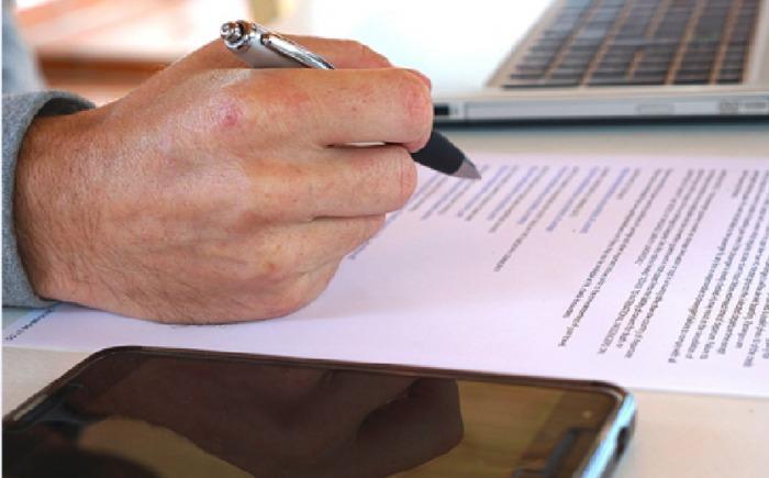 Novela občanského zákoníku upravuje práva pronajímatelů bytů a mění povinnost předkupního práva