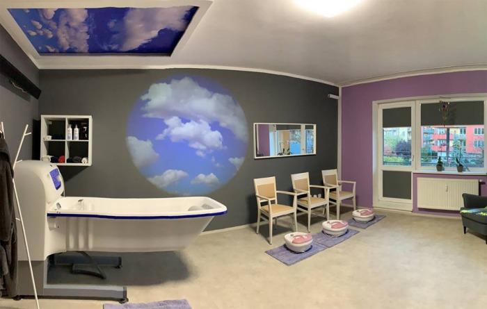 Klienti SeniorCentra v Modřicích relaxují v novém wellness centru