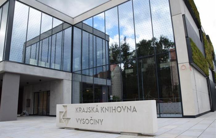 Krajská knihovna Vysočiny má týden do stavebního dokončení
