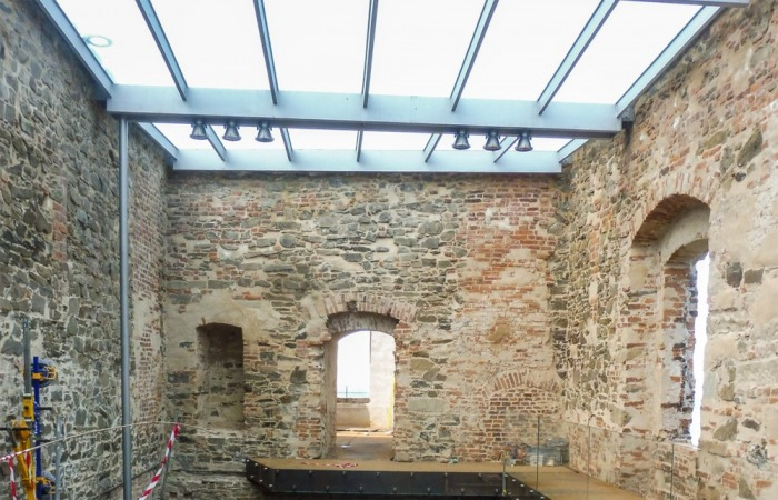Rozsáhlá záchrana paláce na Helfštýně v Olomouckém kraji jde do finále