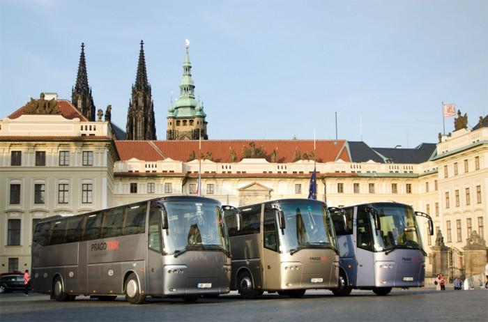 Iniciativa Za autobusy:  9 z 10 zájezdových dopravců bude do půl roku bez peněz