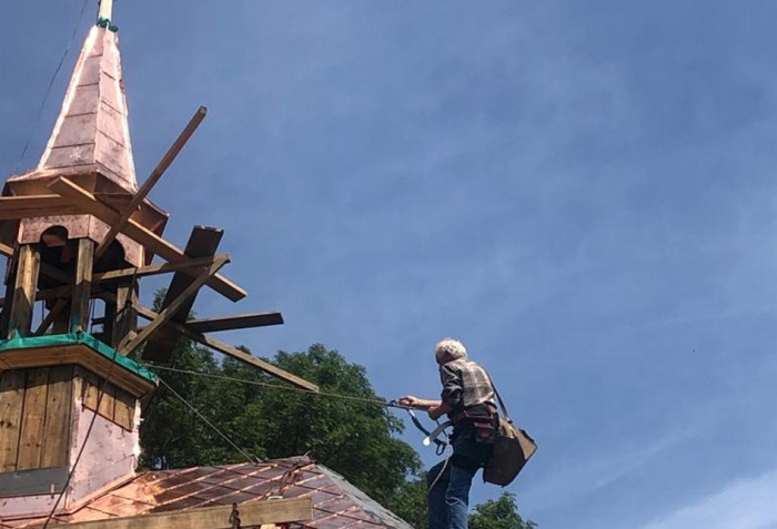 Anděl Páně i letos zachraňuje kostely, pokračuje na Rychnovsku