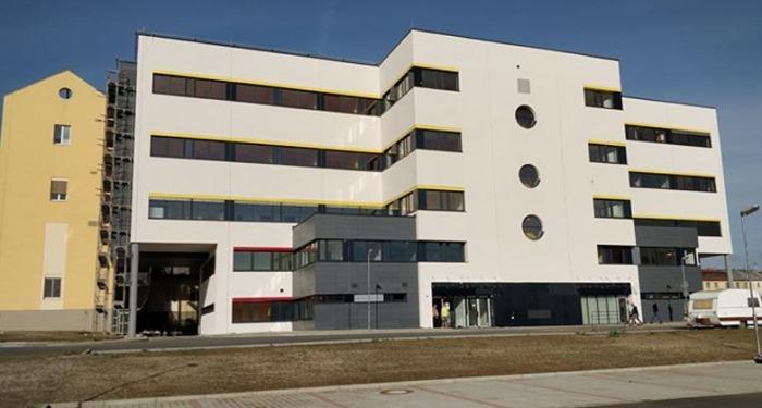 Interní oddělení chebské nemocnice a v návaznosti i oddělení onkologické zůstanou otevřená i v letních měsících