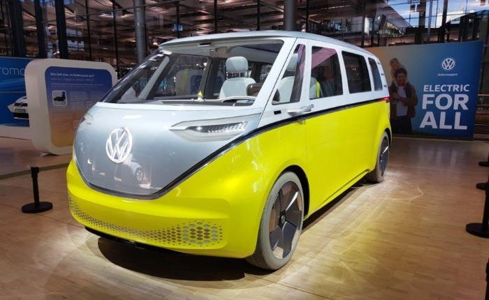 Žďárský DEL se podílí na výrobě nového elektrického minivanu Volkswagen ID. Buzz, dodá speciální robotizovanou linku