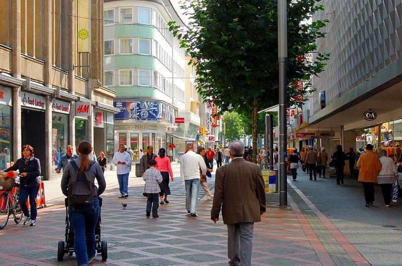 Počet obyvatel České republiky se přiblížil 10,7 milionu