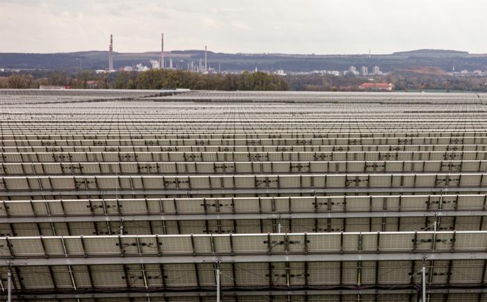 Sluneční elektrárny po celé České republice otevřou své brány.  K vidění bude gigantická elektrárna i velkokapacitní baterie