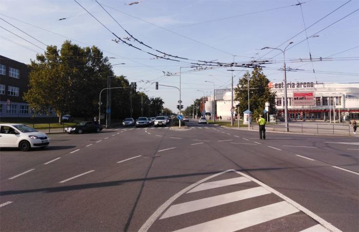 Pardubickou dopravu komplikují dva nefunkční semafory na stěžejních křižovatkách